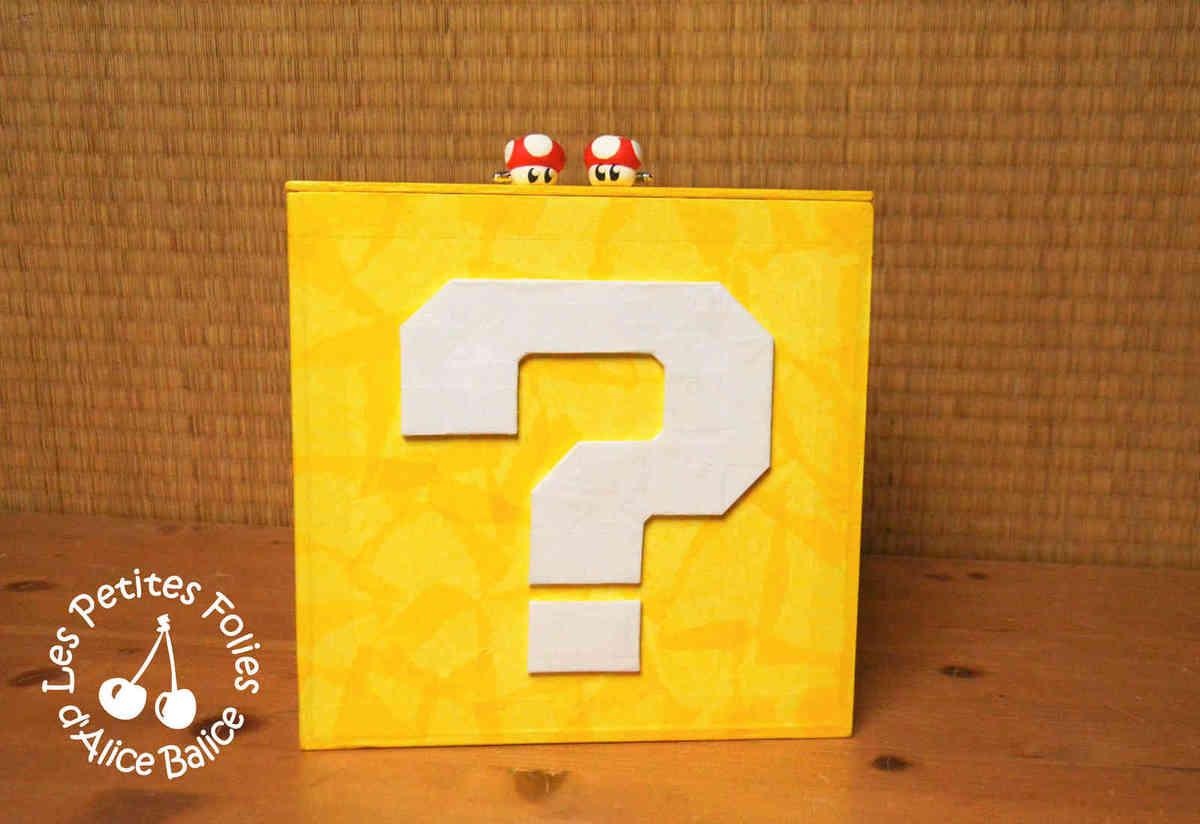 Super Mario Bros | boîte de rangement | carton plume | jeux video | DIY | boutons de manchette | Toad