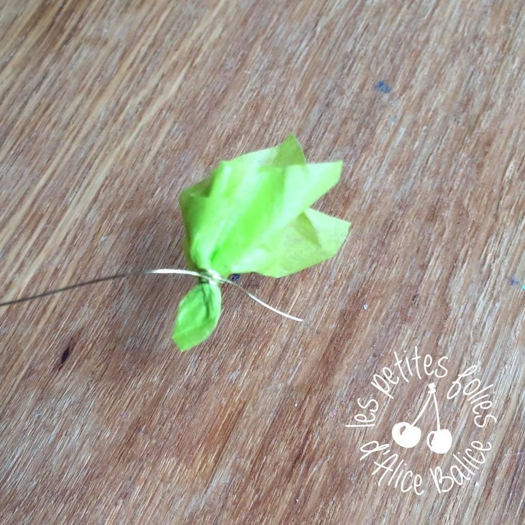 Tutoriel : Faire un joli bouquet de papier pour Céleste