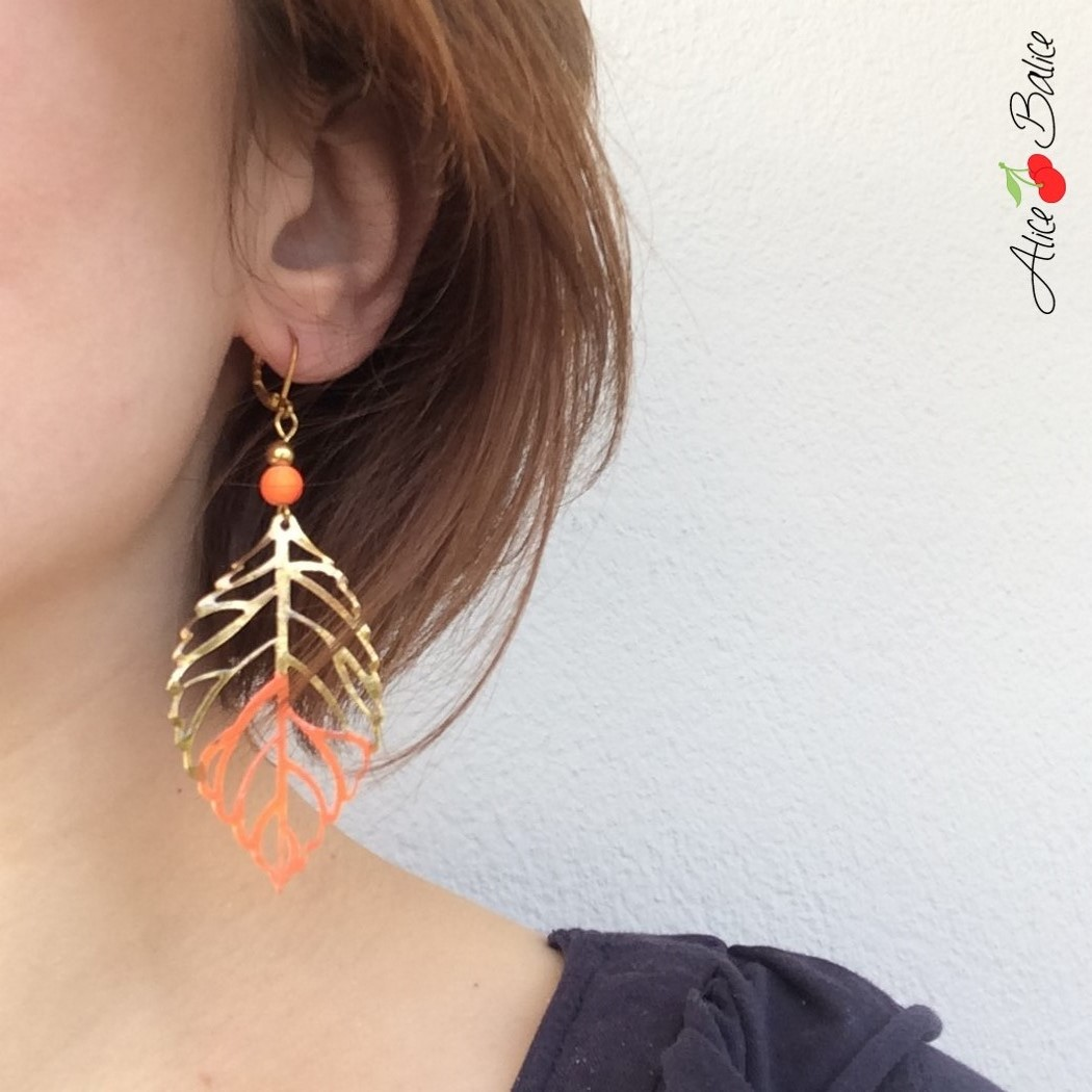 boucles d'oreilles | bijou | feuille | orange fluo | doré | femme | été