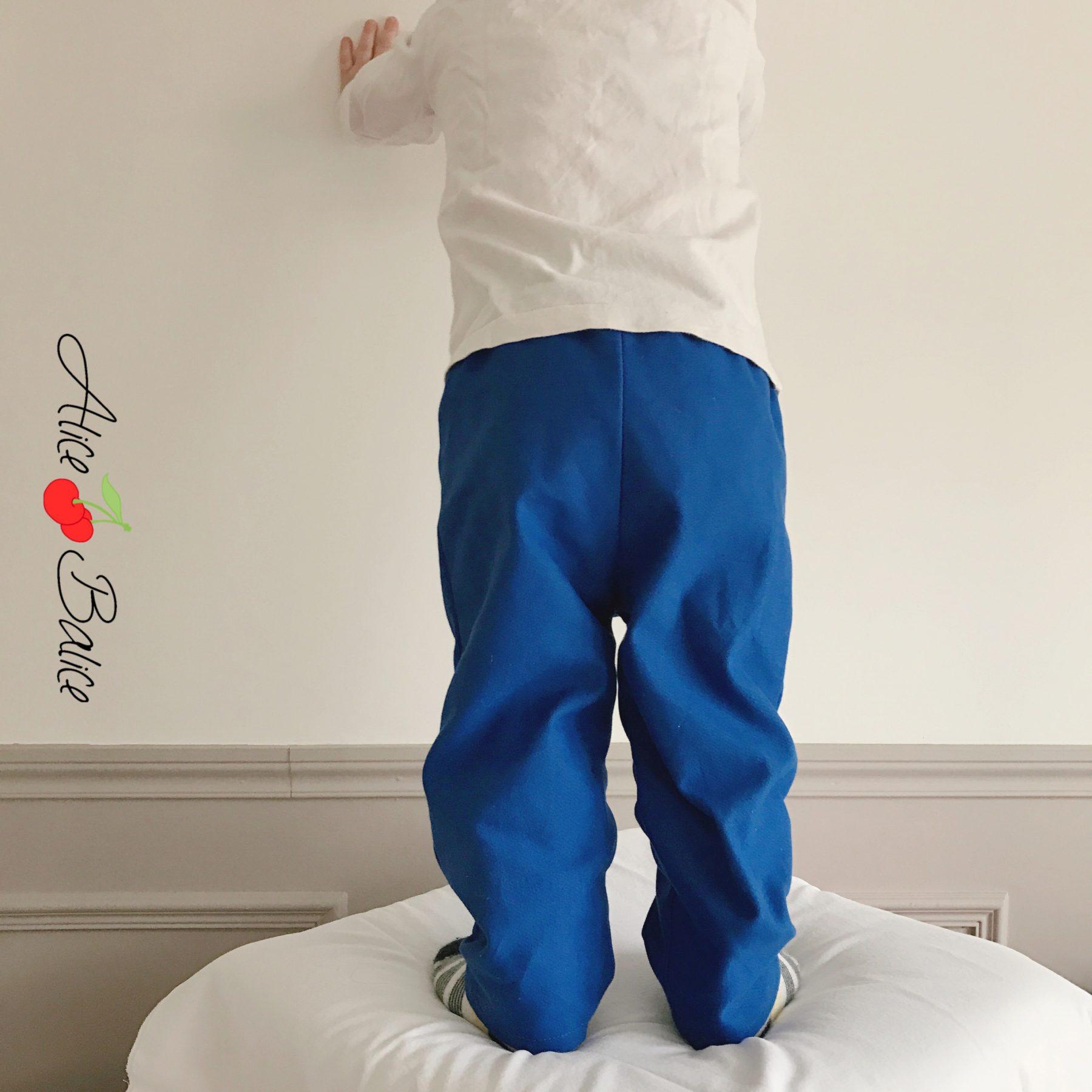 Pantalon test | toile | couture | sewing | bleu Majorelle | patron maison | vêtement bébé | garçon