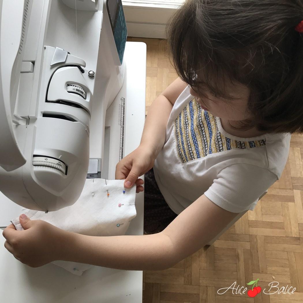 alice balice | première cousette de ma fille de 6 ans | couture | sewing | enfant | pochette enveloppe | cadeau maîtresse