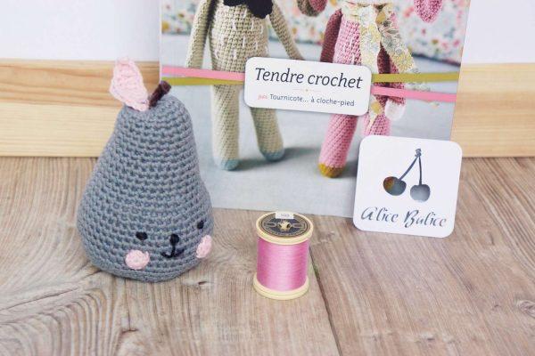 alice balice | crochet | amigurumi | poire | tournicote à cloche pieds | pirum parum