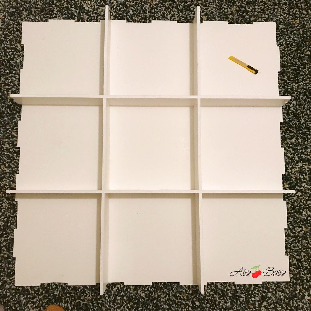 une tag re en carton plume alice balice couture et. Black Bedroom Furniture Sets. Home Design Ideas
