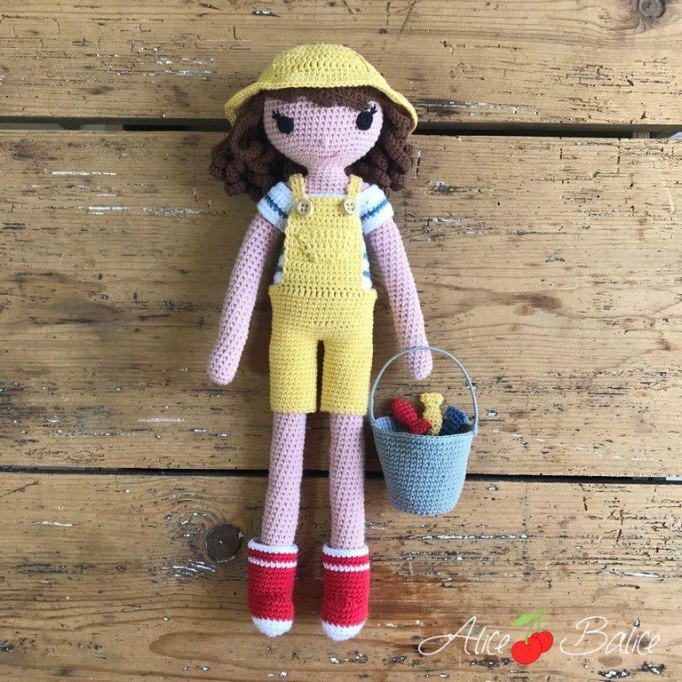 alice balice | tutoriel | crochet | poupée clems | marin | marinière | pêcheur | poissons | plage | été | bottes de pluie | salopette
