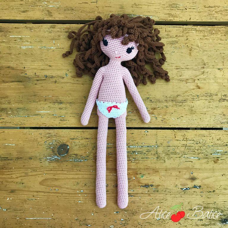 alice balice | tutoriel | crochet | poupée clems | cheveux bouclés | rebelle | culotte dentelle à noeud