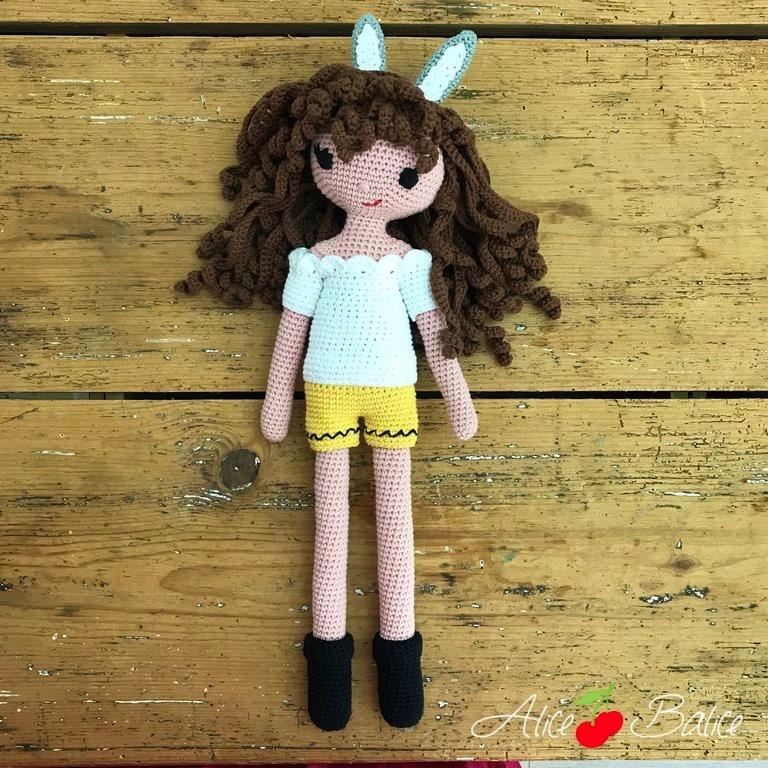 alice balice | tutoriel | crochet | poupée clems | tenue bunny | lapin | short | dentelle | pâques